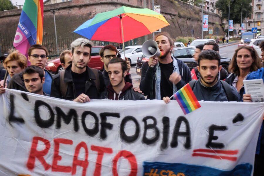 Violenza omofoba, in Campania la metà dei casi di tutto il Sud