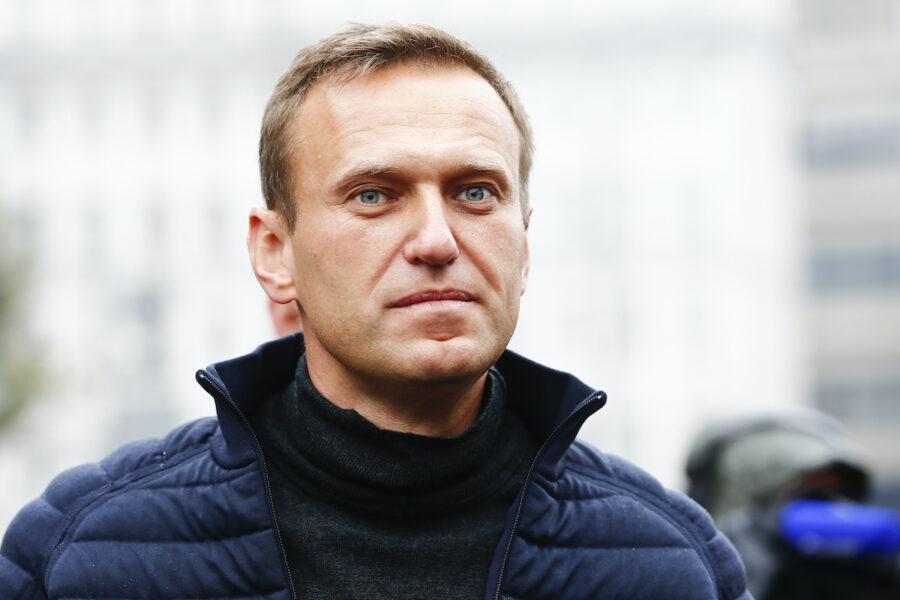 """Caso Navalny, tensioni tra Berlino e Mosca: """"È stato avvelenato con gas nervino, Putin spieghi"""""""