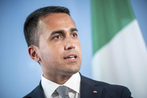 Dopo i servizi Di Maio vuole l'Arma: Angelo Agovino da Pomigliano per sostituire Nistri