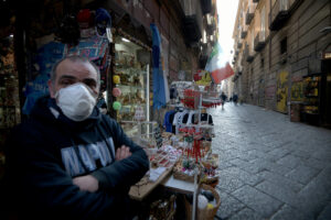Alessandro Pone – Lapresse Napoli 11 marzo 2020 Cronaca Coronavirus, dopo il decreto emanato dal Presidente Conte, le città si svuotano. In foto la città di Napoli. Via San Biagio dei librai  Alessandro Pone – Lapresse Naples 11 march 2020 news Coronavirus, after the decree issued by President Conte, the cities are emptied. In the photo the city of Naples. Via San Biagio dei librai.