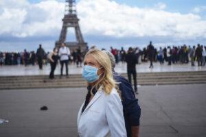 Coronavirus, in Francia chiuse 22 scuole e oltre cento classi: più di 7mila nuovi casi nelle ultime 24 ore
