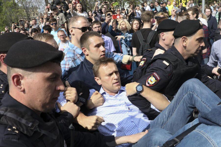 Che cos'è il Novichok, l'agente nervino usato per avvelenare Navalny