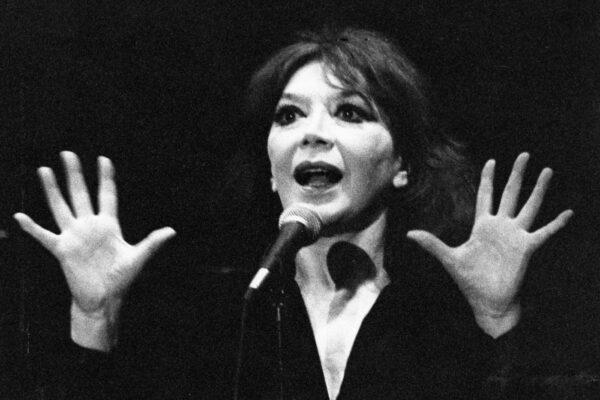 20-02-1991Juliette Gréco è una cantante e attrice francese.nella foto: Juliette Gréco durante un recital