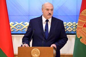 Bielorussia, il Parlamento europeo approva le sanzioni contro Lukashenko ma la Lega si astiene
