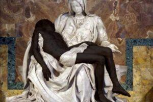 Nella Pietà di Michelangelo Gesù è nero: scoppia la polemica
