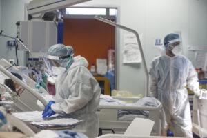 Bollettino Coronavirus, nuovi positivi sono 1.733 ma con 113mila tamponi: undici morti nelle ultime 24 ore