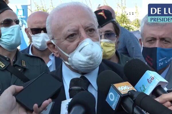 """Scuola, De Luca conferma: """"In Campania si parte il 24, pensiamo a test salivari per gli studenti"""""""
