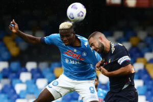 Caos Serie A dopo 14 positivi nel Genoa: Spadafora blocca l'ipotesi di stop al campionato
