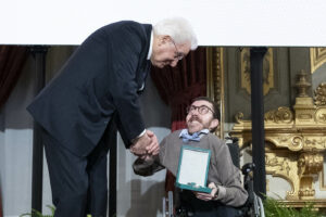 Chi è Iacopo Melio, paladino delle lotte a favore dei disabili eletto consigliere regionale in Toscana