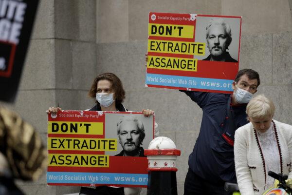 """Caso Wikileaks, riparte processo su estradizione Assange: """"Valuteremo nuove accuse"""""""