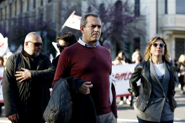 Rinvio salva de Magistris, Napoli senza governo e senza opposizione