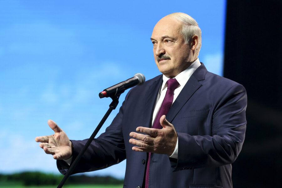 Reazione Bielorussia, dopo il voto del Parlamento europeo Lukashenko chiude i confini con Polonia e Lituania