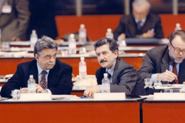 """""""Occhetto D'Alema e il patto del garage"""", retroscena del giorno in cui morì il PCI raccontata da Gianni Cervetti"""