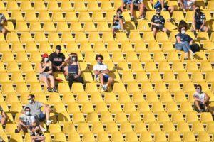 Riaprono gli stadi, serie A a porte aperte: ammessi mille tifosi