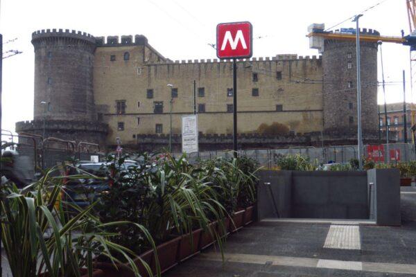 Napoli, positivo al Covid addetto della Metro: test per 15 colleghi