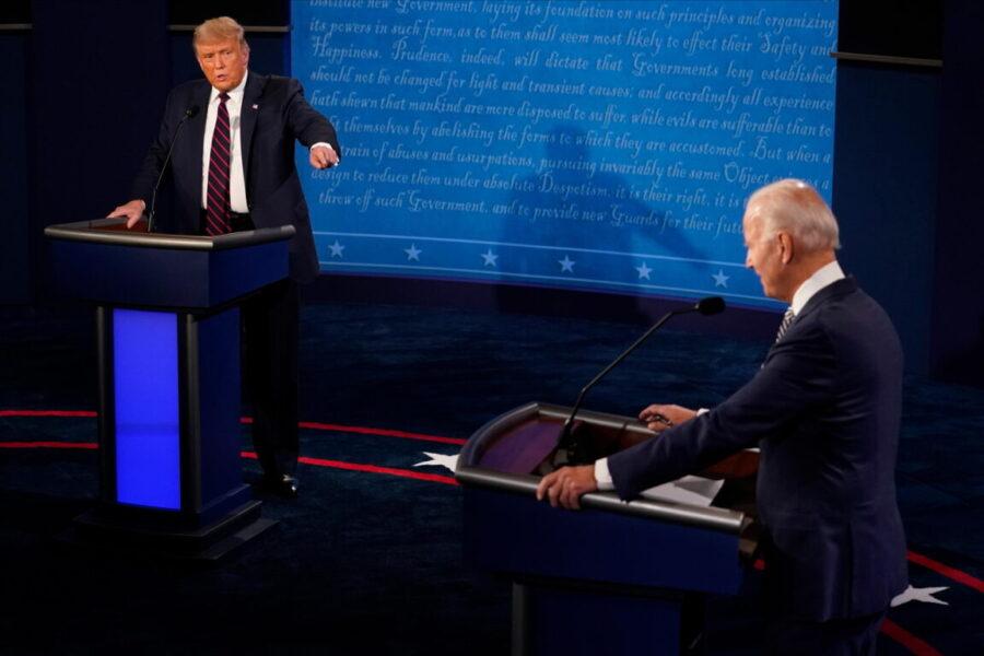 """Duello presidenziale a colpi di insulti. Trump: """"Non hai niente di intelligente"""". Biden: """"Sei un bugiardo e un clown"""""""