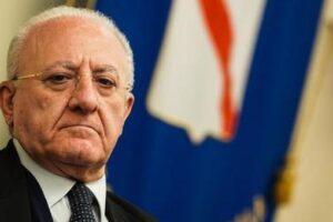 Nord riaprono le scuole, ma in Campania no: il fallimento di De Luca