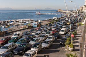 Covid ma non solo, i napoletani preoccupati da manutenzione e trasporti