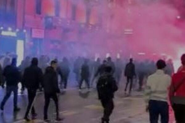 [VIDEO] Bombe carta e molotov, la rivolta di Milano