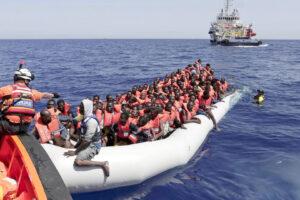 """Mediterraneo, Italia sempre più emarginata: nella """"partita libica"""" non tocchiamo palla"""