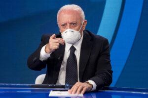 """Campania chiusa fino al 3 dicembre, De Luca 'ringrazia' Speranza: """"Qui l'unica zona rossa è quella dell'aglianico"""""""