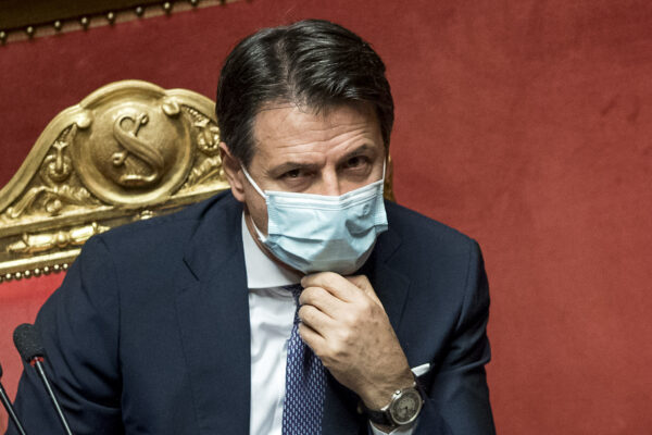 Foto Roberto Monaldo / LaPresse 21-10-2020 Roma Politica Senato – Informativa del Presidente del Consiglio Giuseppe Conte sulle ulteriori iniziative adottate dal governo contro l'emergenza Covid-19 Nella foto Giuseppe Conte  Photo Roberto Monaldo / LaPresse  21-10-2020 Rome (Italy)  Information from Prime Minister Giuseppe Conte on the initiatives taken by the government against the Covid-19 emergency In the pic Giuseppe Conte