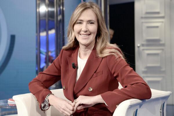 """""""Ho usato Immuni ma fa solo danni"""", il racconto dell'ex ministro Prestigiacomo"""
