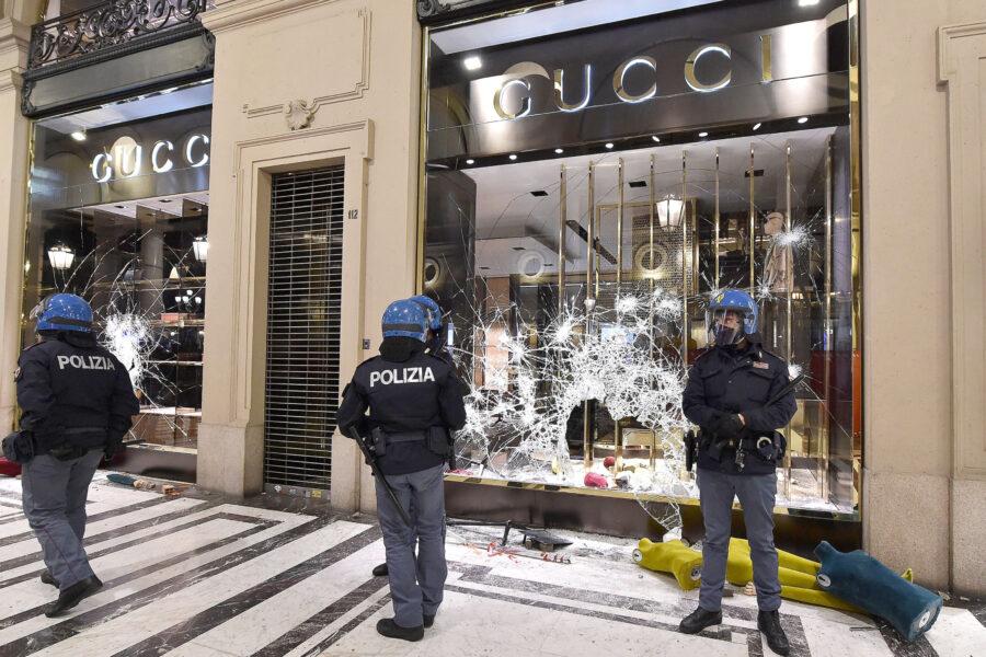 Manifestazioni nelle piazze italiane, c'è disagio e non va taciuto