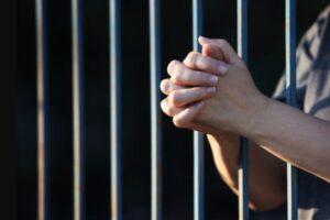 """Emergenza Covid in carcere in Campania: """"Situazione preoccupante, riattivate le norme anticontagio"""""""