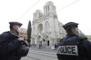 Strage di Nizza, l'attentatore sbarcato a Lampedusa: il 9 ottobre era a Bari per l'identificazione