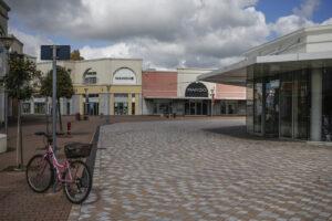 Coronavirus, anche il Piemonte segue la Lombardia: centri commerciali chiusi nel week end