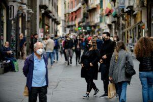 Coronavirus, in Campania frenata di nuovi casi ma con meno tamponi