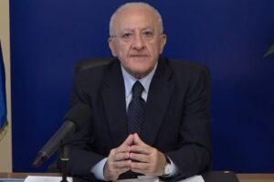 Nuova ordinanza di De Luca, il governatore aspetterà prima il Dpcm