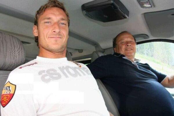 """Totti piange il padre Enzo: """"Era orgoglioso di me anche quando mi chiamavano 'gnomo'"""""""