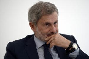 Sentenza Alemanno, solo in Italia per una Corte sei assassino e per un'altra vittima…
