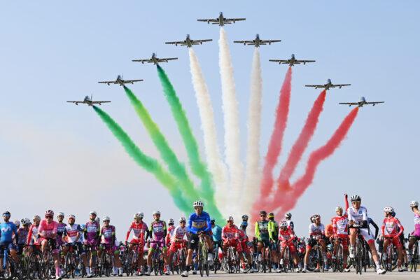 Il Giro fa 2000 e noi facciamo tutti il tifo