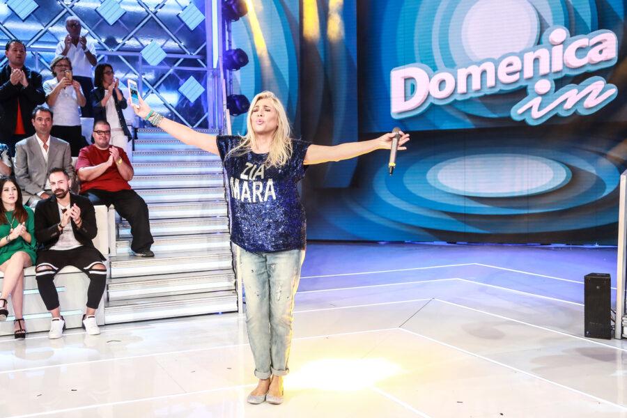 Mara Venier dice addio a Domenica In, la decisione della conduttrice per i suoi 70 anni