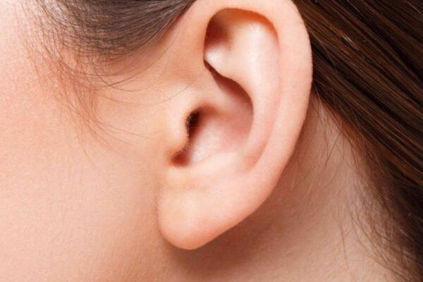 Perde 'improvvisamente' l'udito dopo l'infezione da Covid-19, primo caso documentato dai medici