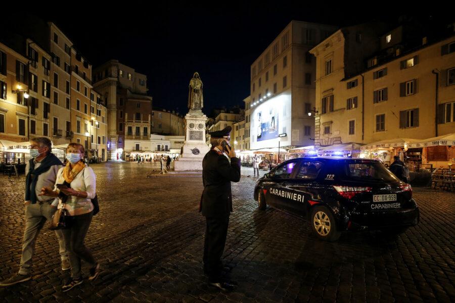 Movida violenta, chiusi quattro locali a Roma e Fiumicino. Cinque gli arresti