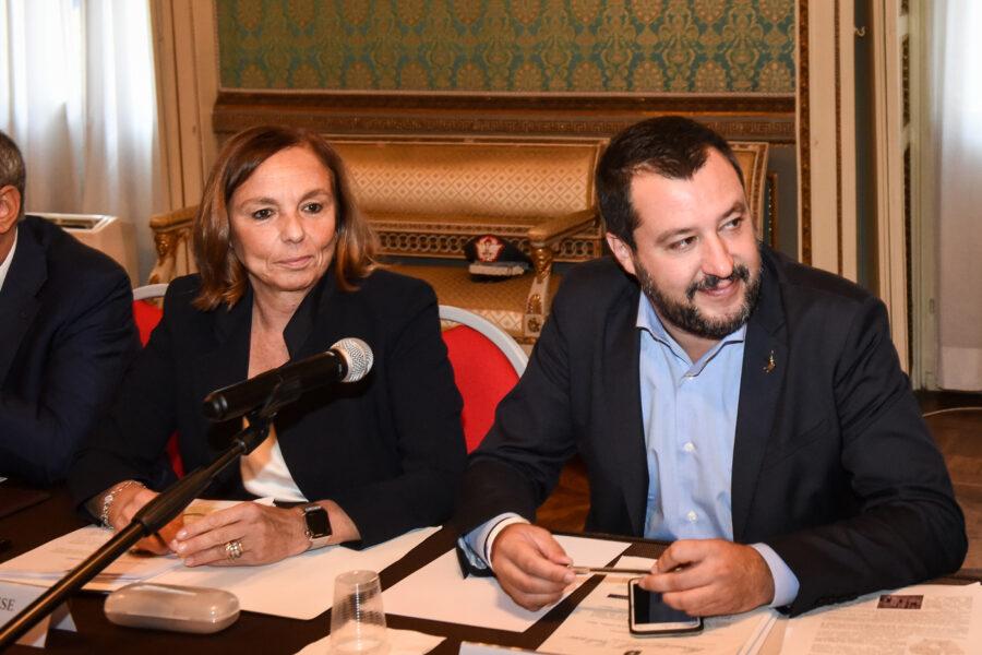 Salvini attacca Lamorgese sull'attentatore di Nizza ma ricompatta il governo…