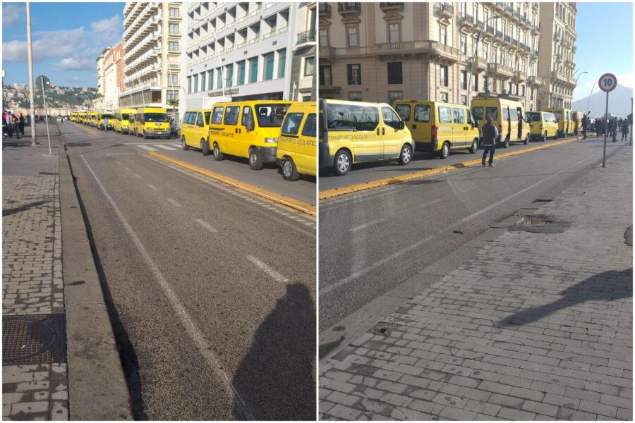 Scuolabus in protesta sul lungomare di Napoli, genitori contro De Luca: sit-in e petizione