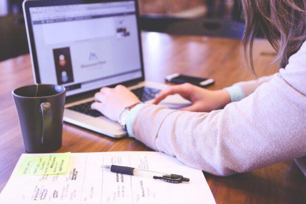 Lo smart working è il futuro, così cambia la società