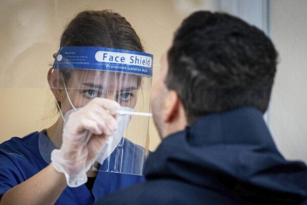 Che cos'è la variante brasiliana del coronavirus, primo positivo tracciato in Italia