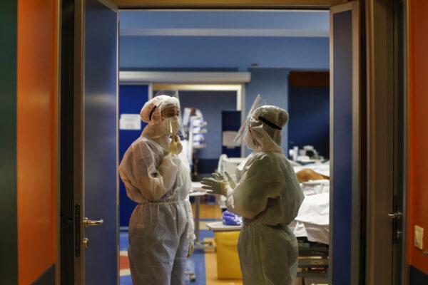 Coronavirus, in calo nuovi casi e decessi: tasso di positività scende all'11,6%