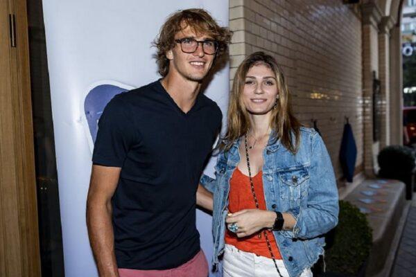 """Bufera su Zverev, ex fidanzata accusa il tennista tedesco: """"Ha tentato di strangolarmi"""""""