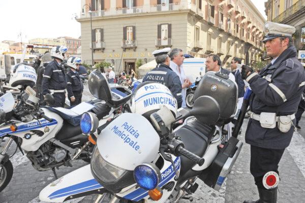 Napoli, con la giunta de Magistris periferie fuori controllo