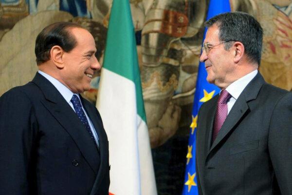 Cade il tabù Berlusconi, crolla il paradigma fondante della seconda repubblica
