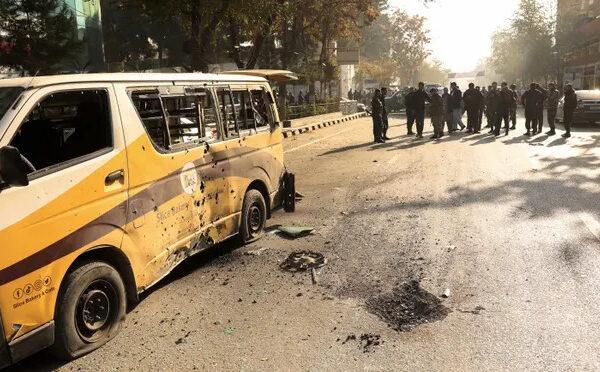 Afghanistan, razzi su Kabul: 8 morti e 31 feriti: colpita ambasciata Iran