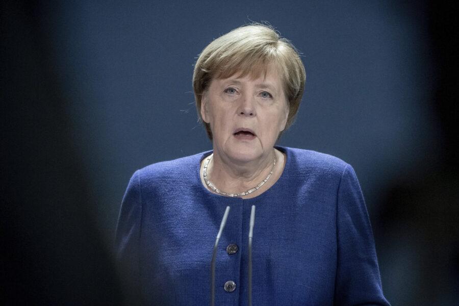 """""""Merkel nella storia, incarna l'opposizione ai totalitarismi"""", l'analisi di Angelo Bolaffi dopo 15 anni di cancellierato"""