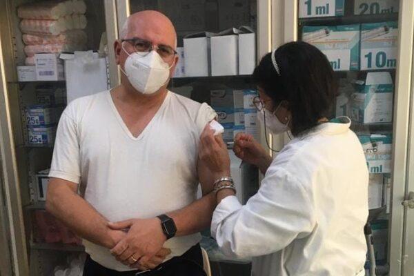 """Paolo Ascierto: """"Io mi vaccino contro l'influenza"""", prosegue la campagna di sensibilizzazione del Pascale"""
